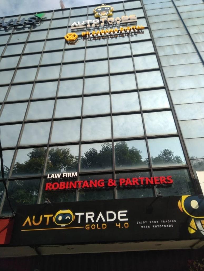 autotrade-gold-doorstep2-min